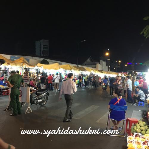 Pasar malam di Ho Chi Minh, Vietnam - Day 2