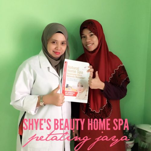 Selepas training seorang beautician baru
